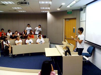 Yi Cheng talks